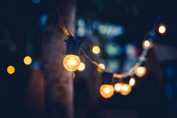 Tuinverlichting, lichtsnoer, buitenverlichting.